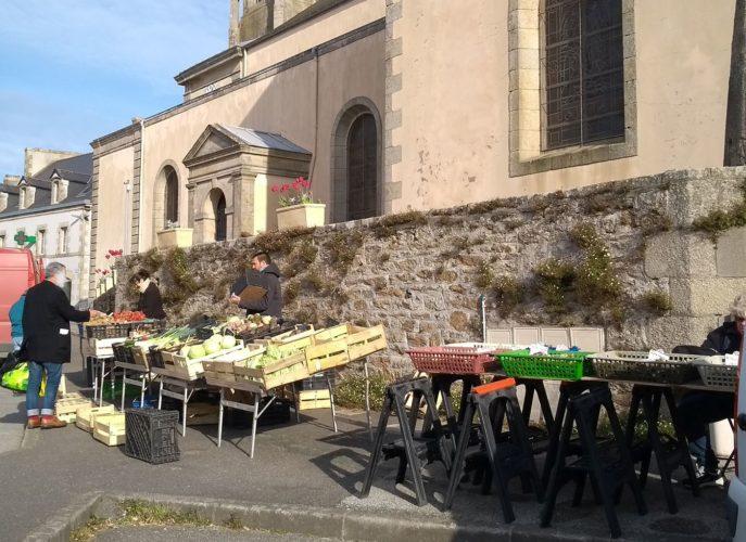 Marché de Plonéour-Lanvern le 5 avril 2020